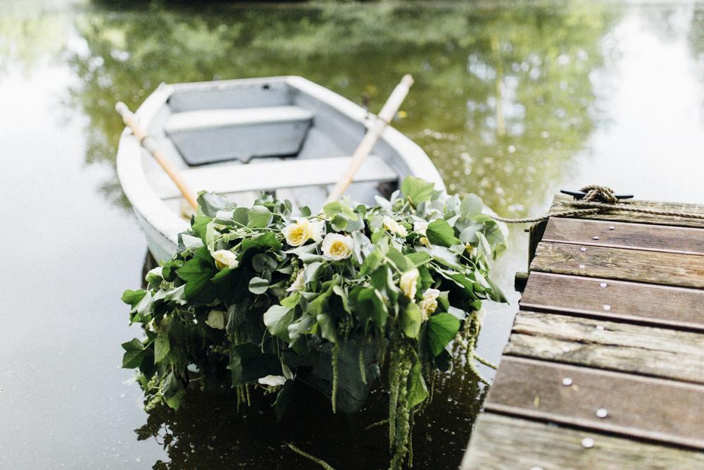 Boot Hochzeit geschmückt