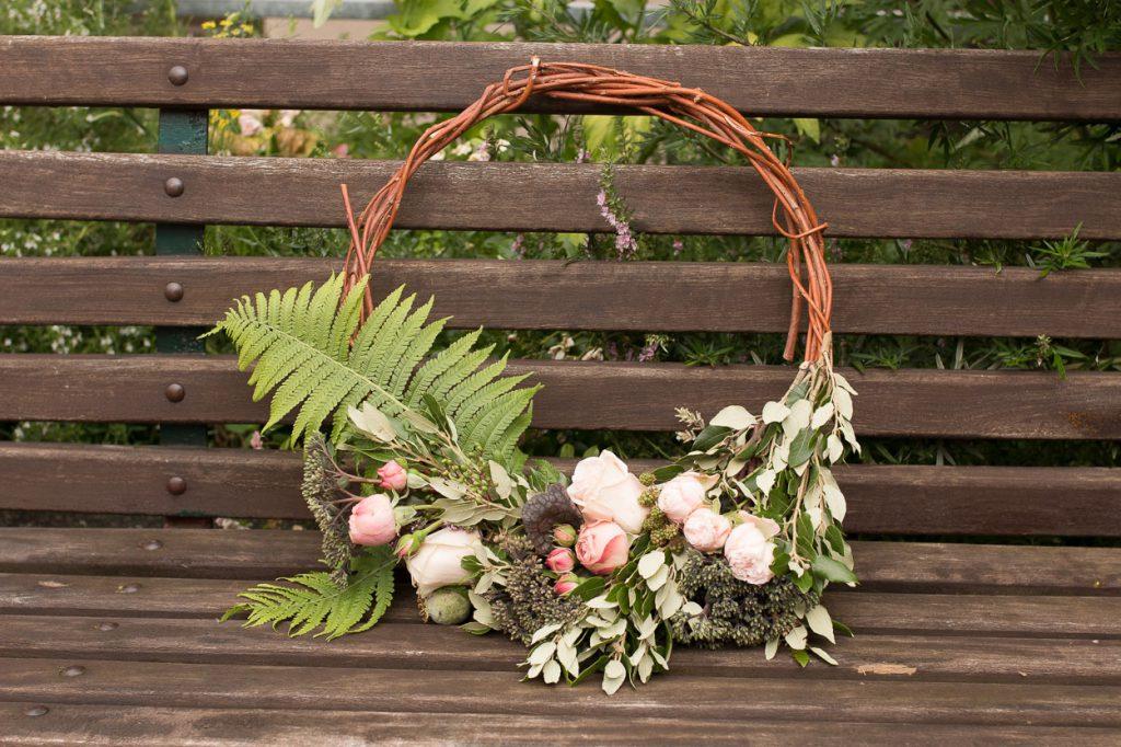 Trend 2017 für euren Brautstrauß: Hoop Bouquets