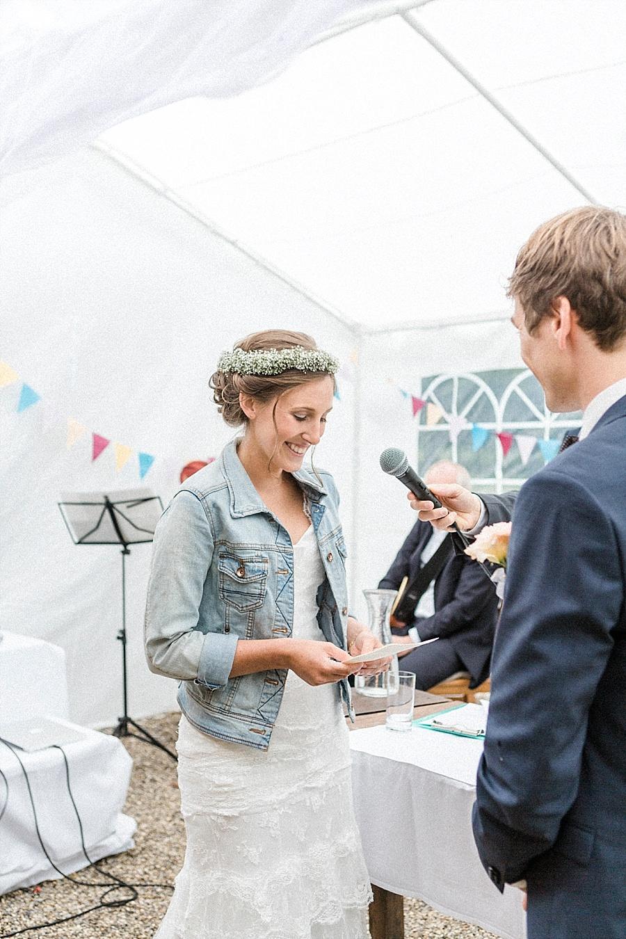 Lassig Bunte Diy Hochzeit Hochzeitsblog The Little Wedding Corner