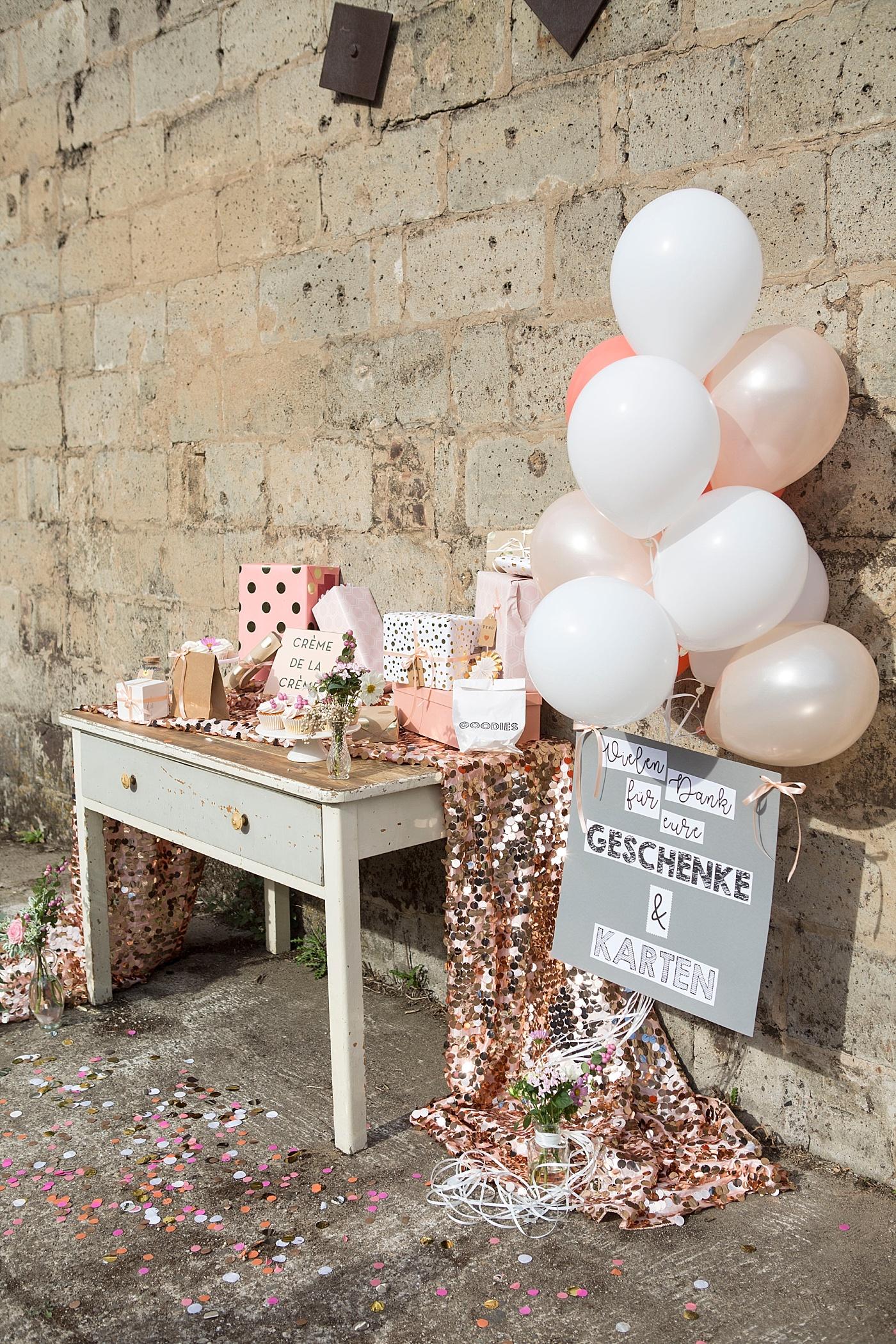 inspirationen f r eure dekoration vom geschenketisch bis zum sweet table hochzeitsblog the. Black Bedroom Furniture Sets. Home Design Ideas