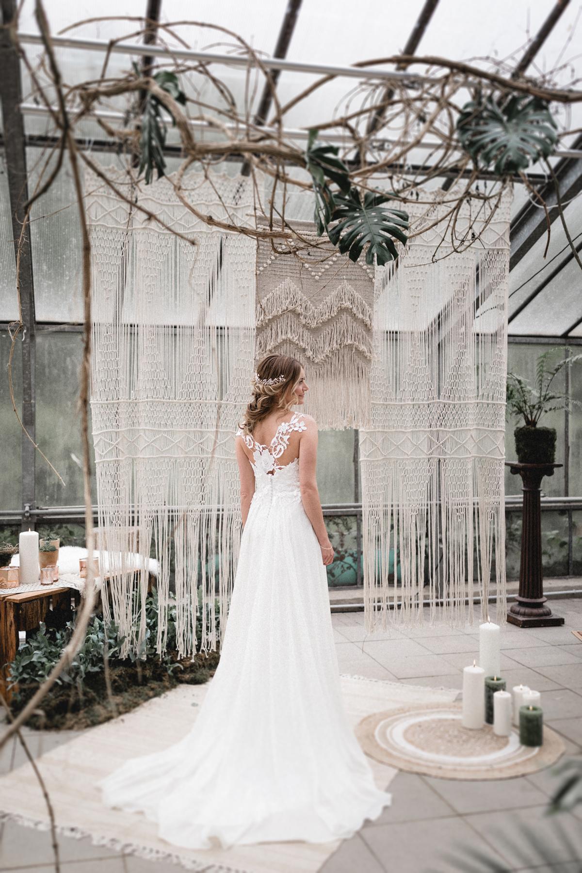 Andreas_Nusch_Hochzeitsfotografie_Brautshooting_2017_JA-Hochzeitsshop_0101