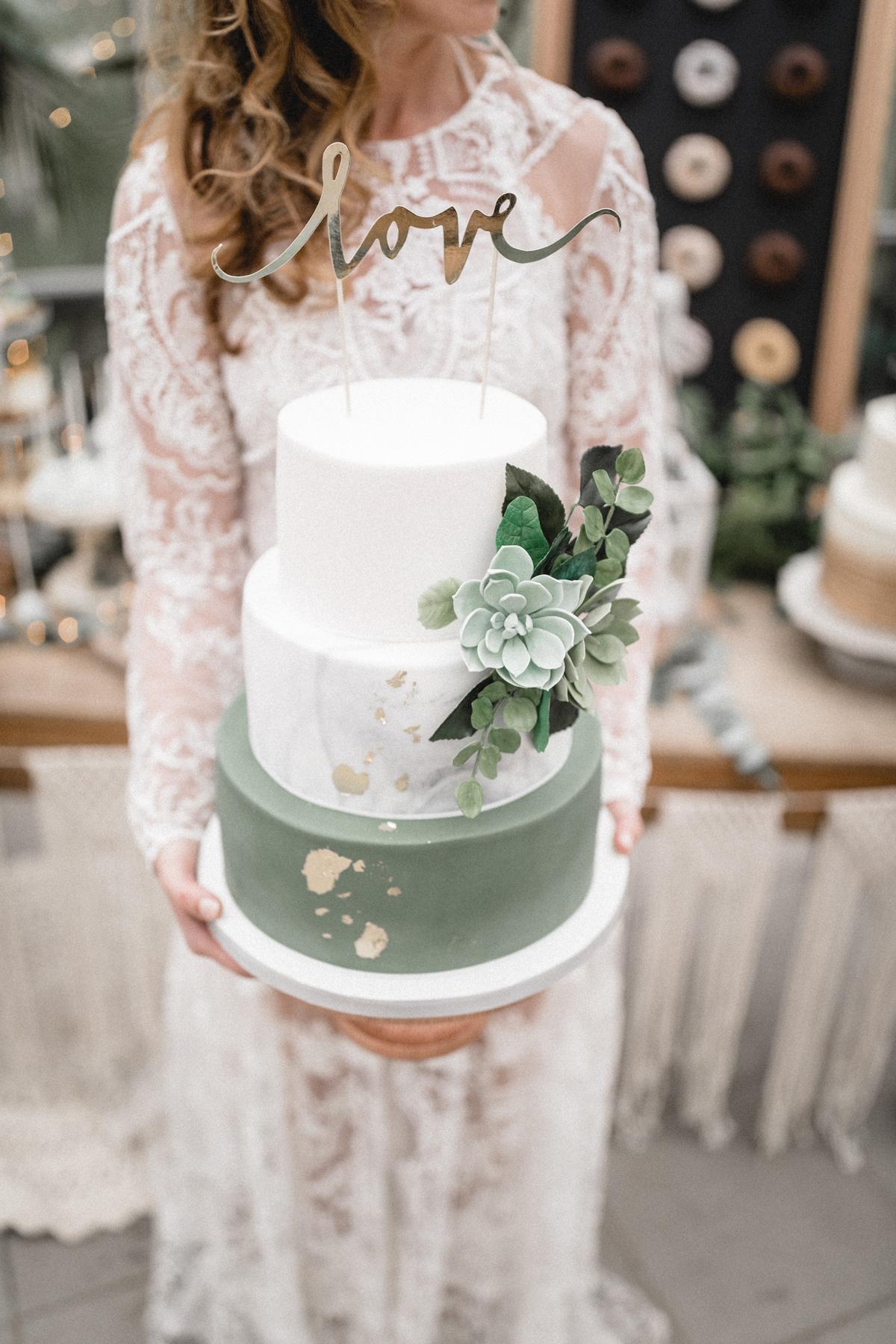 Andreas_Nusch_Hochzeitsfotografie_Brautshooting_2017_JA-Hochzeitsshop_0166