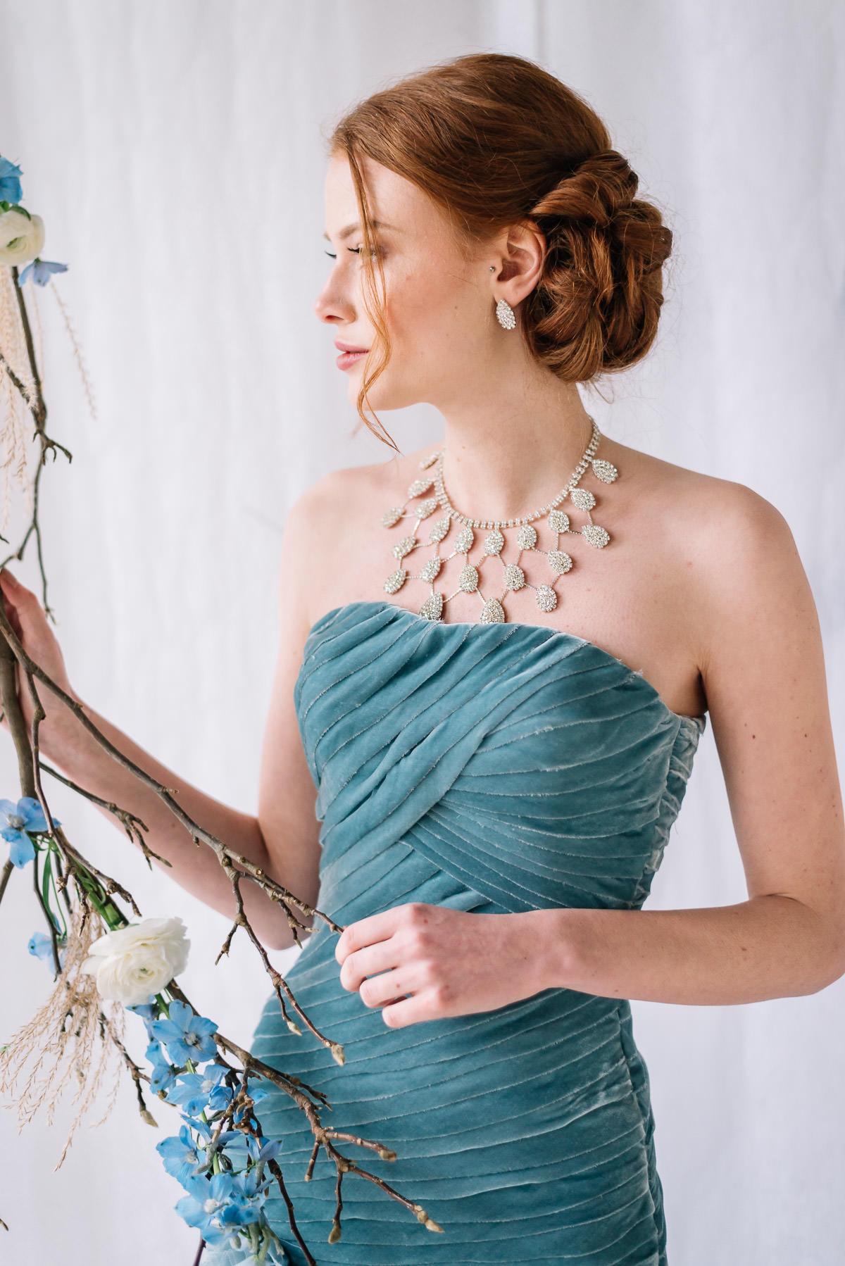 Brautkleid blau
