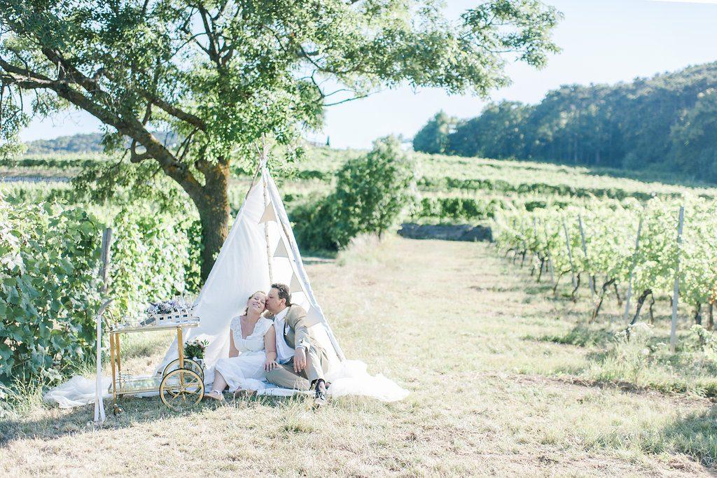 Romantische Gartenhochzeit mit Vintage Flair