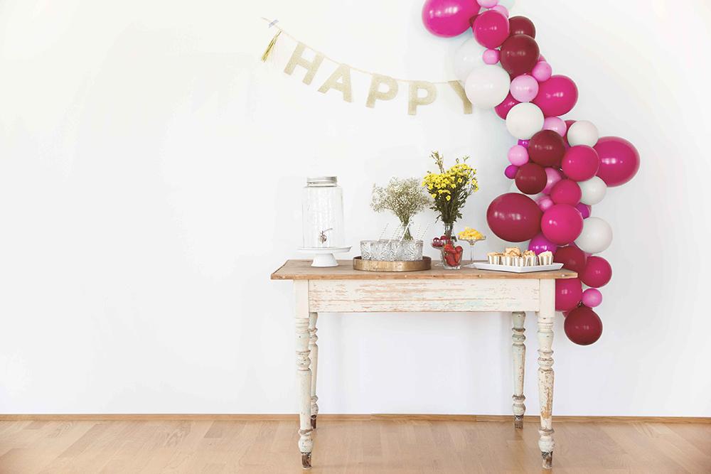 Ballongirlande zur Hochzeit selber machen