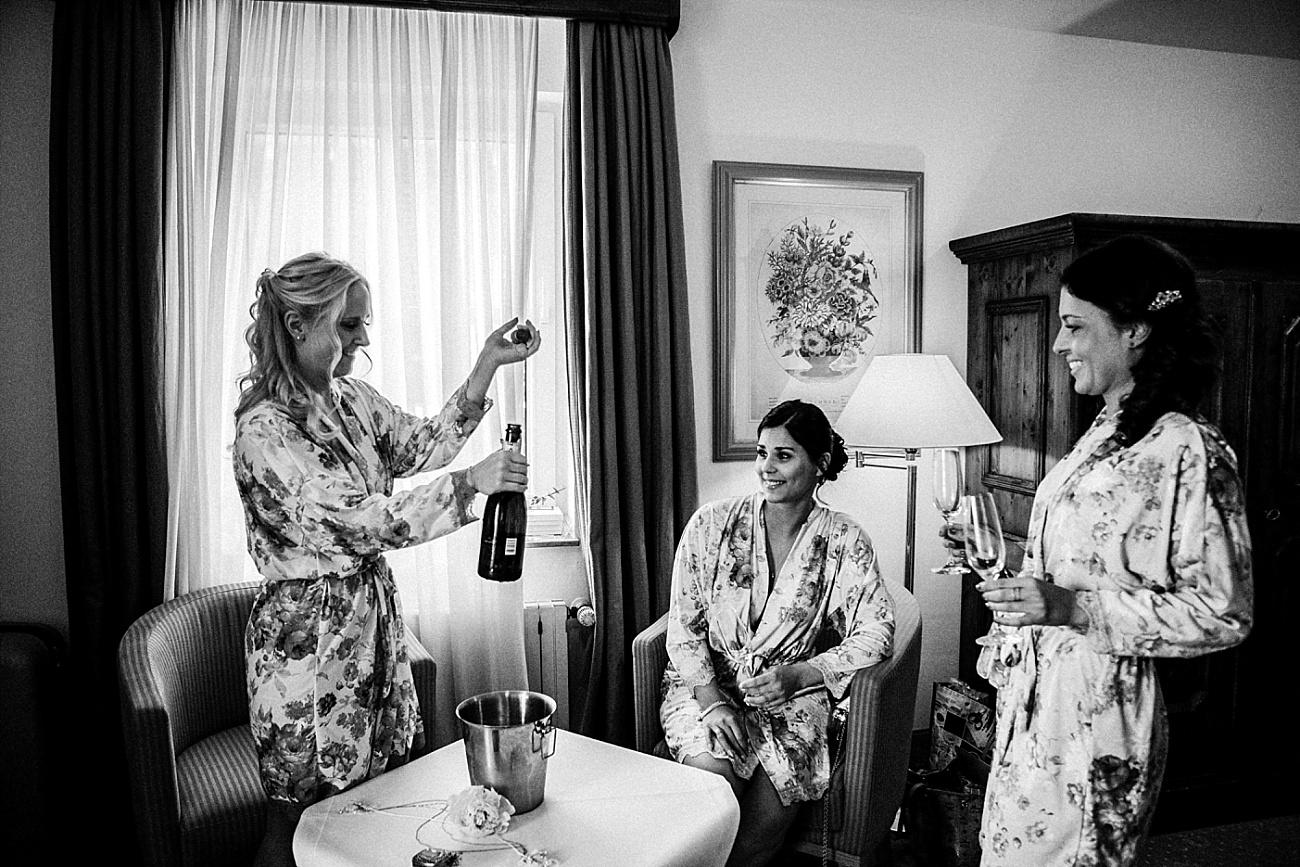 Hochzeit Getting Ready Brautjungfern