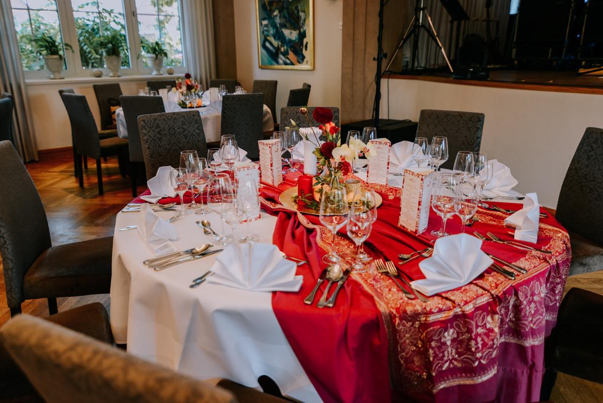 Tischdekoration multikulturelle Hochzeit
