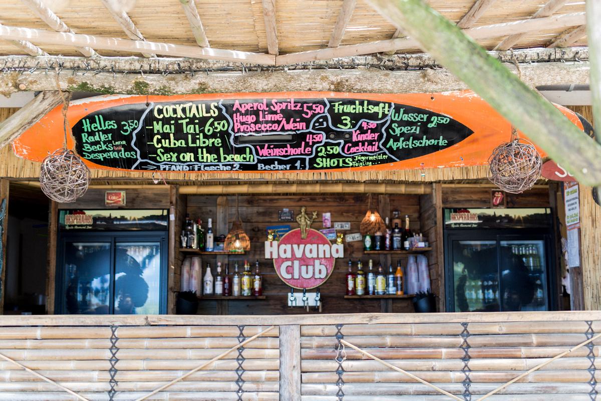 Strandhochzeit deutschland in beach Bar