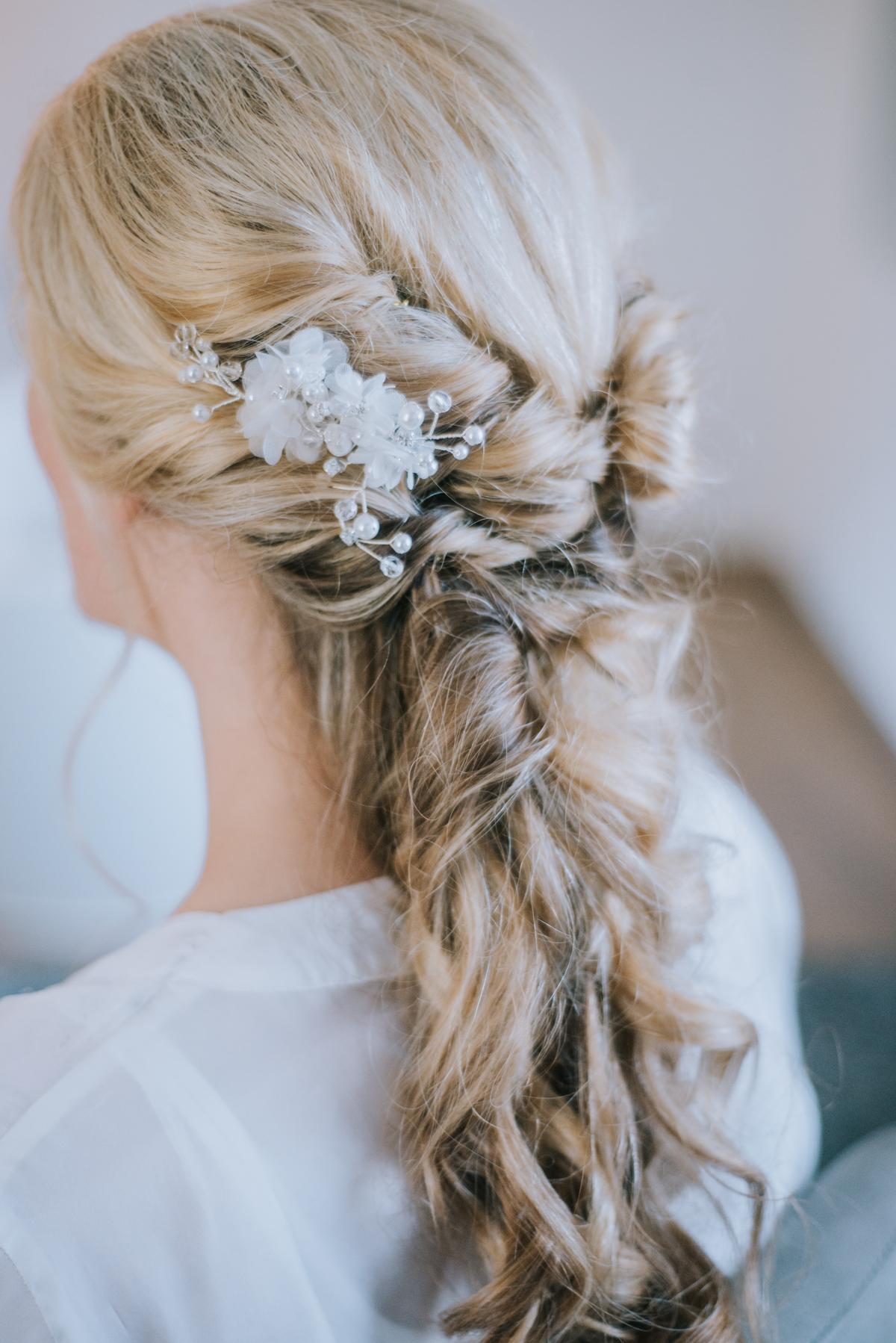 Frisur Hochzeit hochgesteckt lange Haare