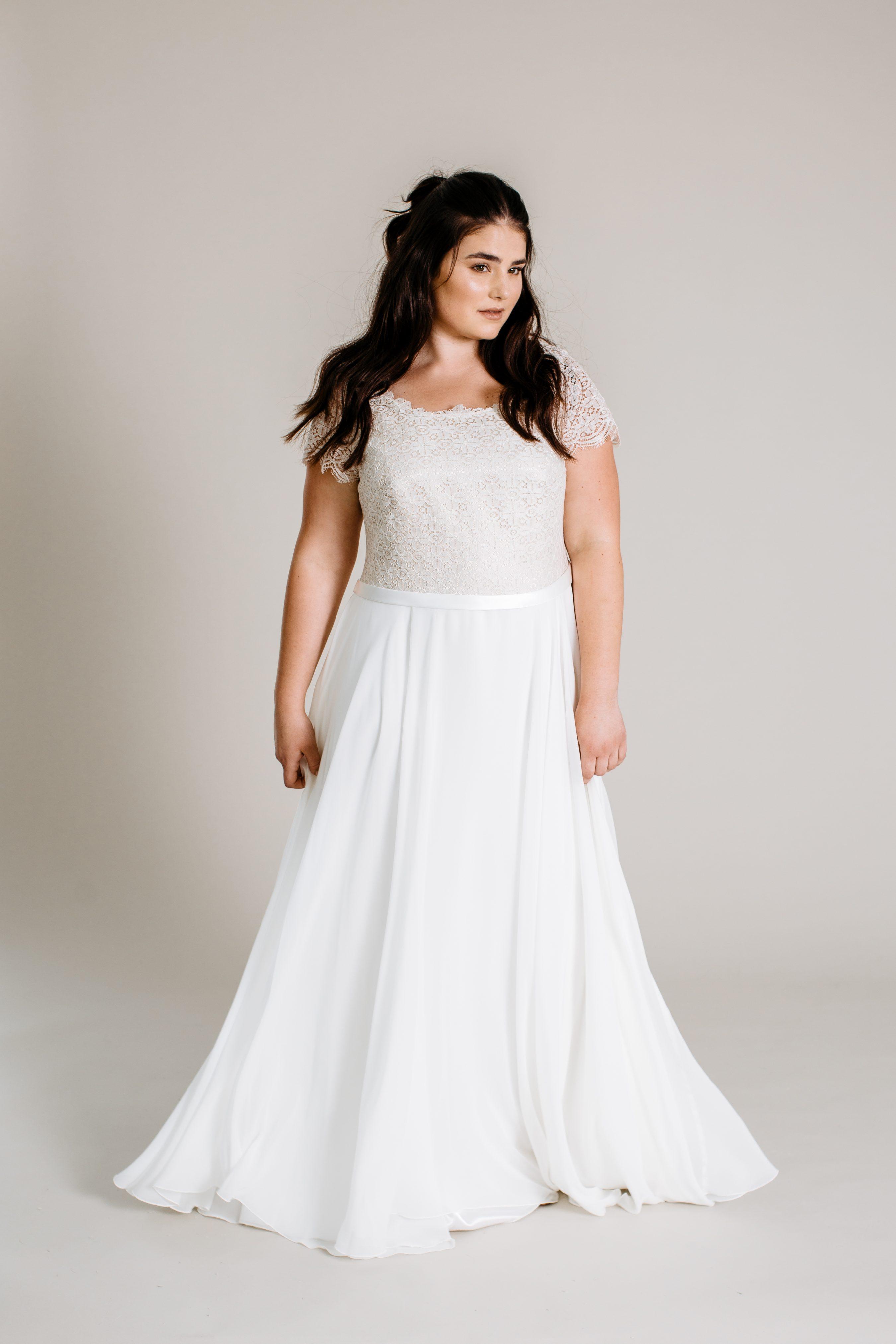 Brautkleid ab Größe 44
