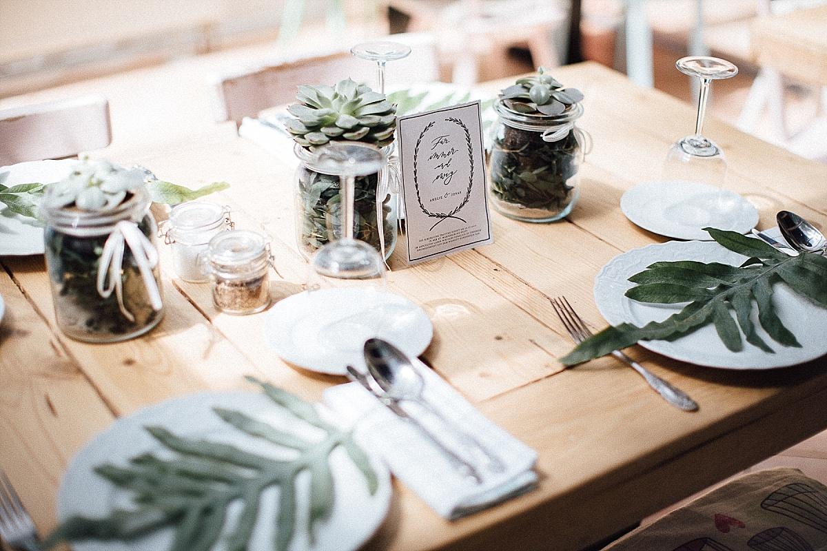 5 Ideen Fur Eure Grune Tischdekoration Hochzeitsblog The Little