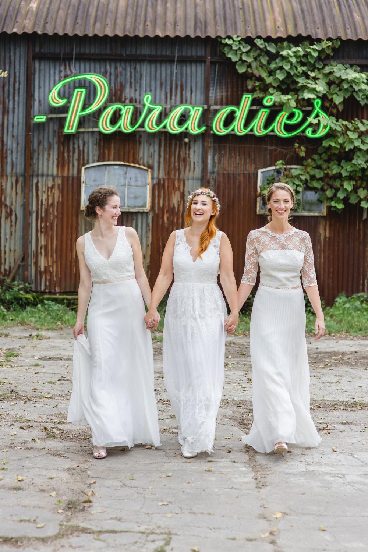 2018-Claudia-Heller-Brautkleid-Gruppenfoto 3