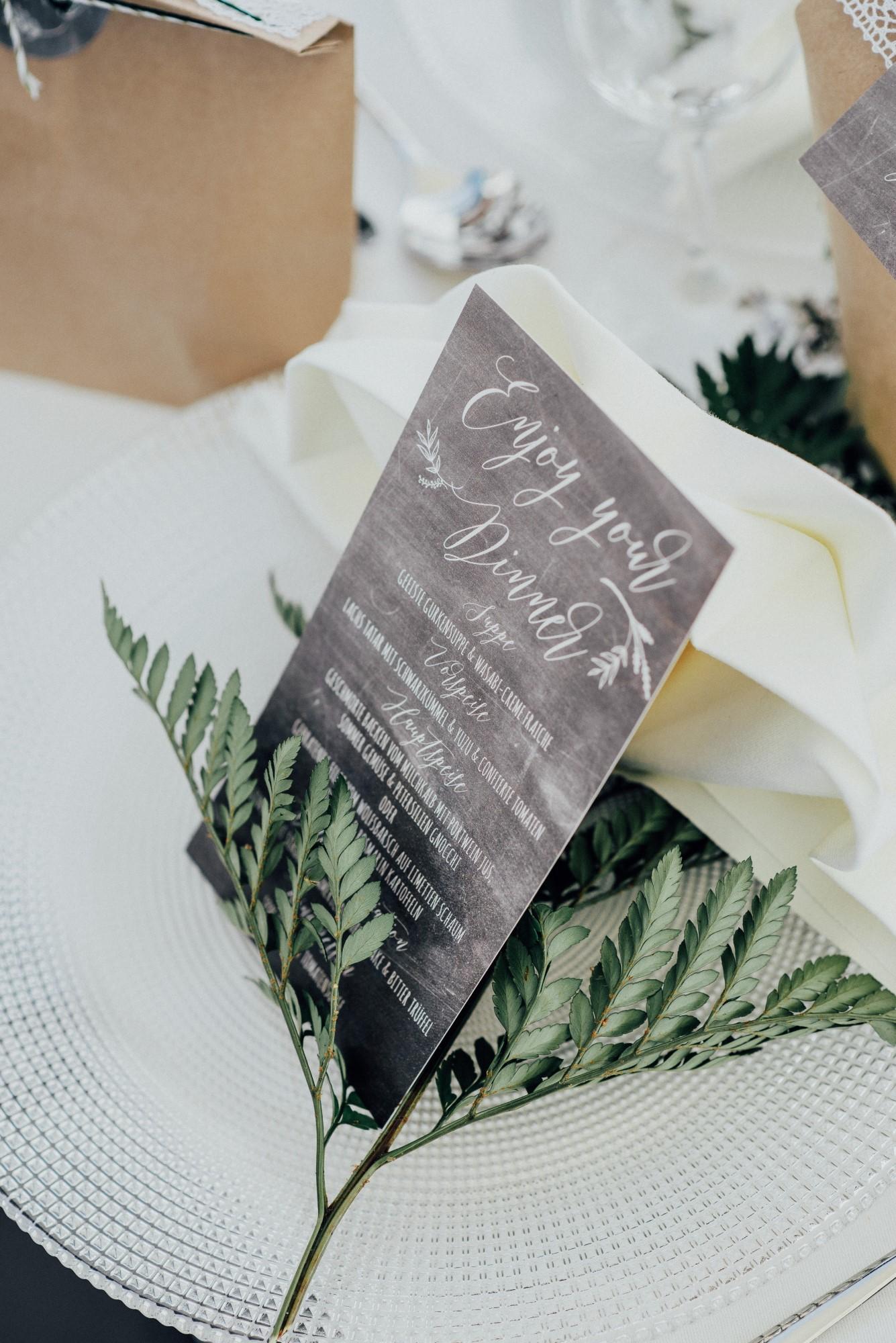 Tischdekoration Hochzeit Grün