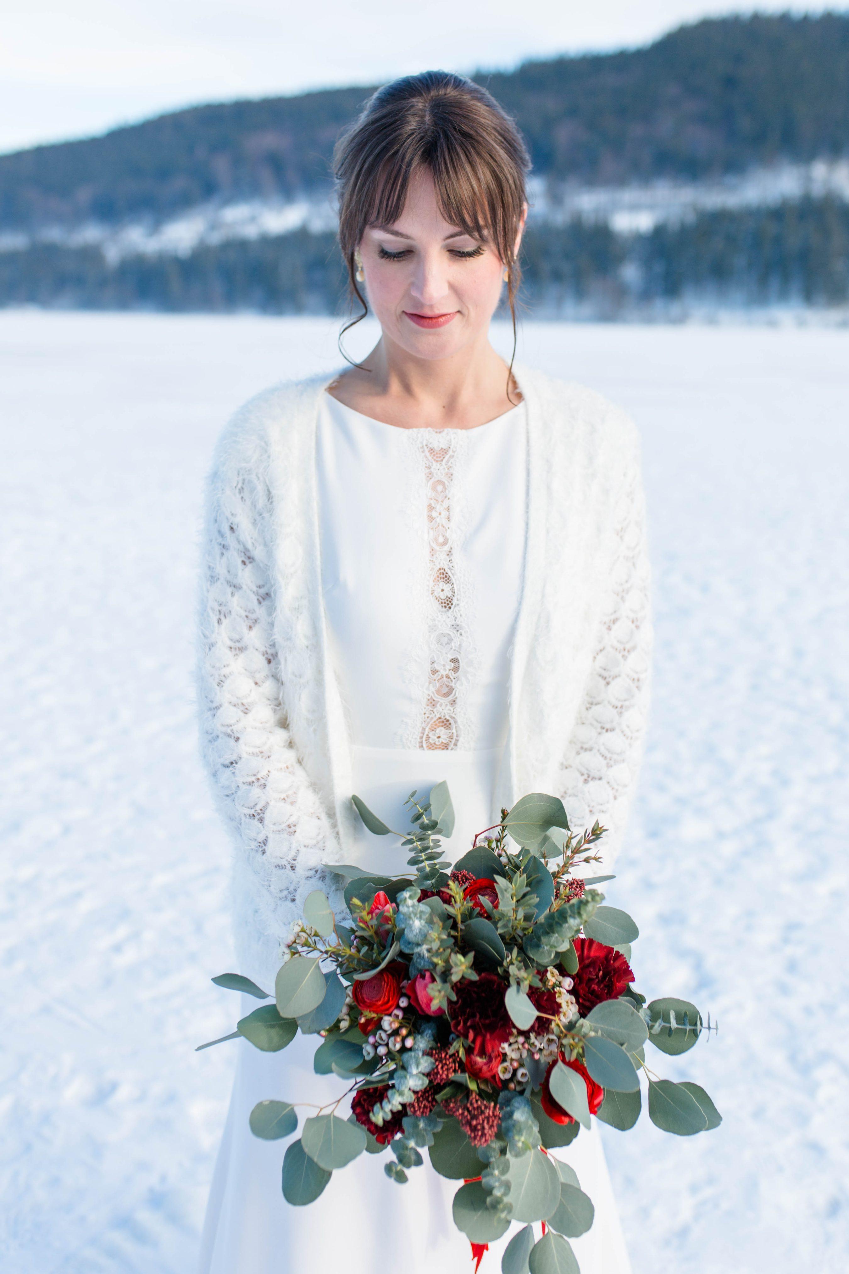 Rustikale Winterhochzeit in Rot und Grün | Hochzeitsblog The Little ...