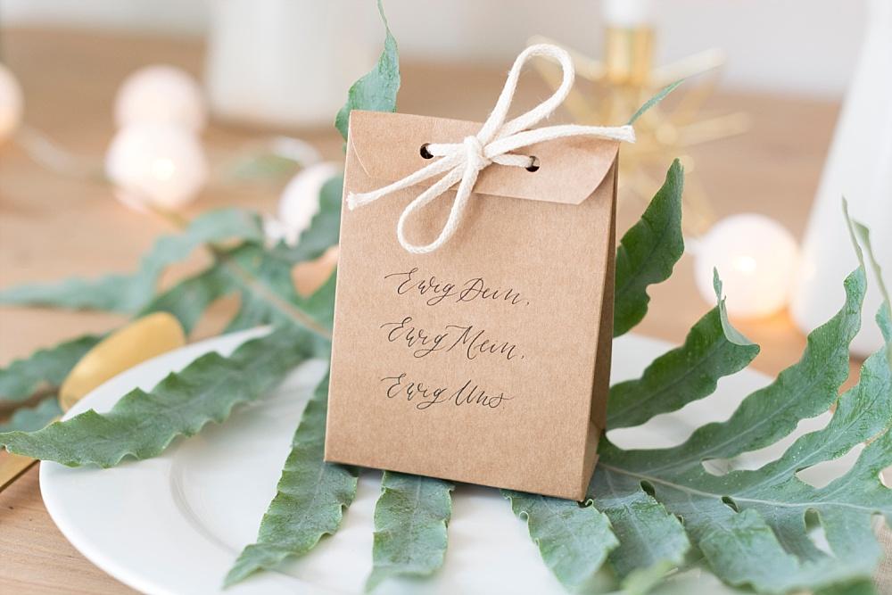 Gastgeschenk Hochzeit DIY, gastgeschenk Schachtel Hochzeit, After Party Kit Hochzeit gegen Kater