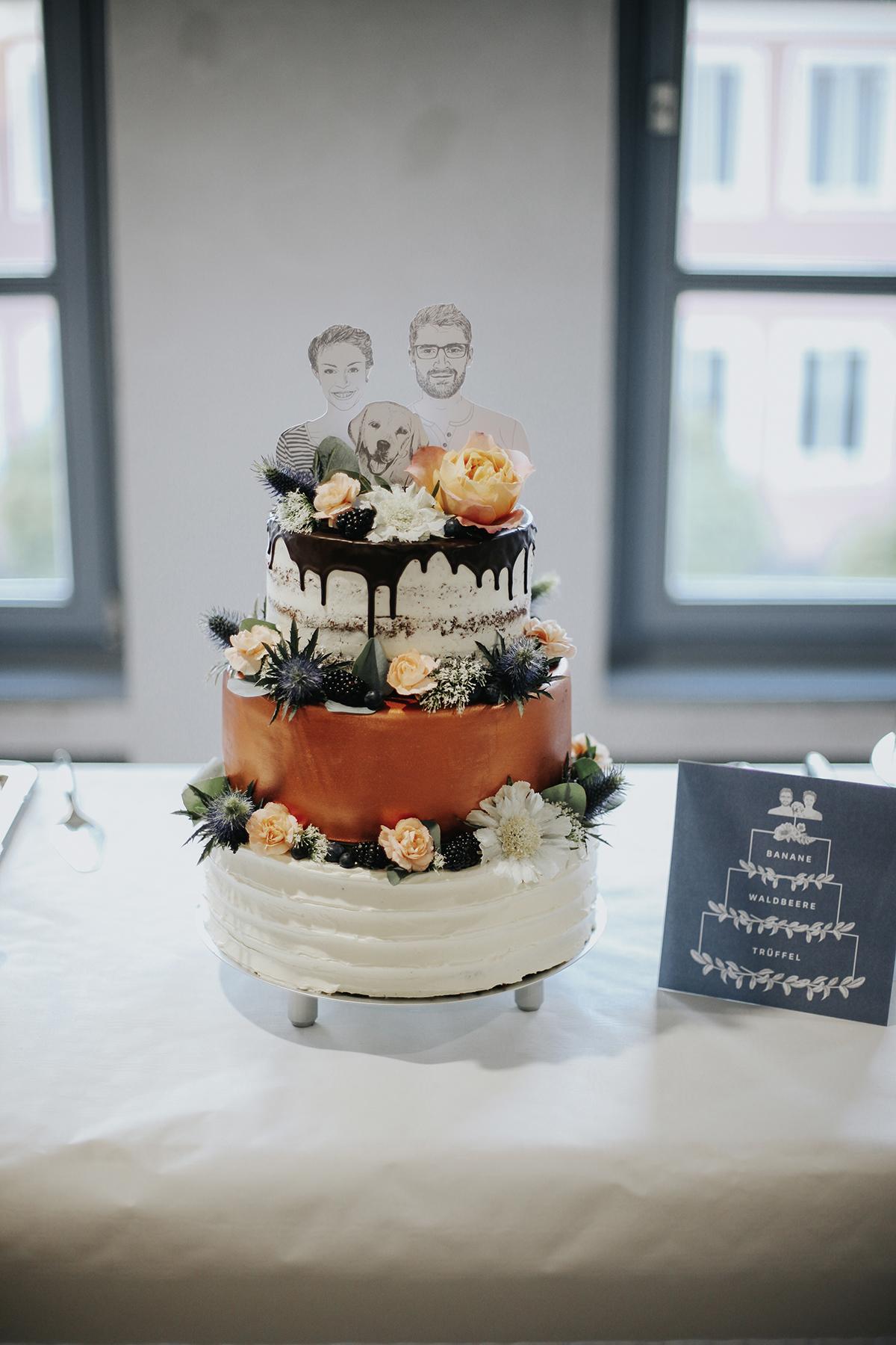 Hochzeitstorte Kupfer weiß