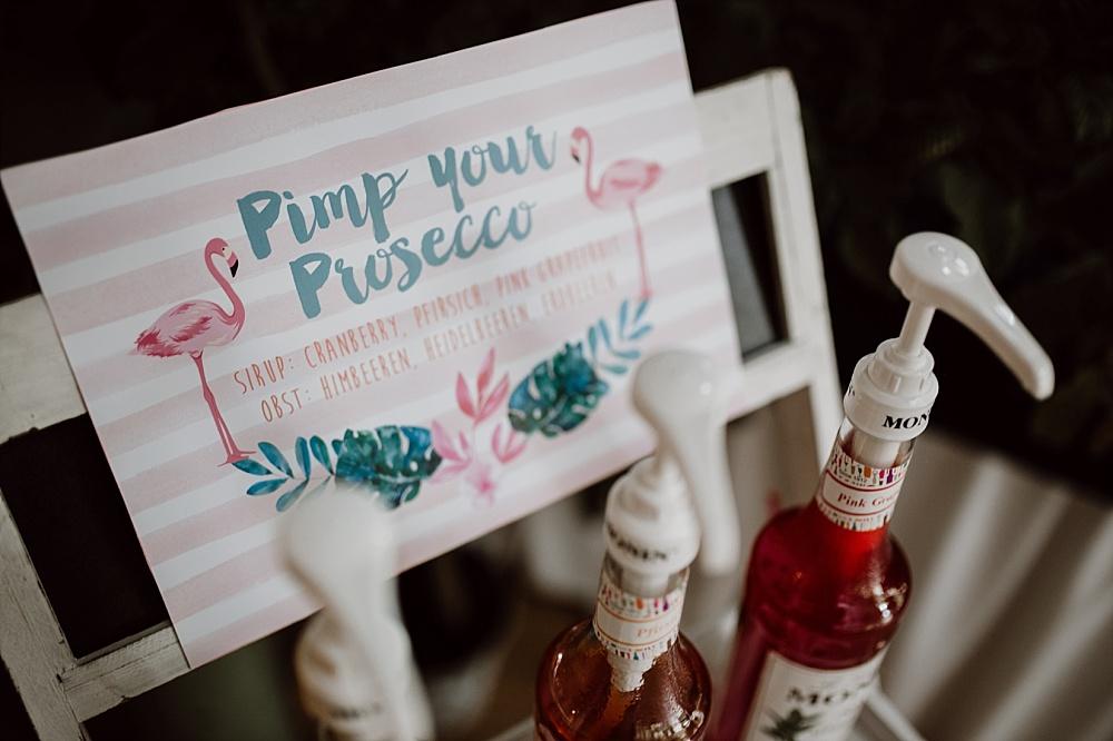 Flamingo Hochzeit im Karibik Stil