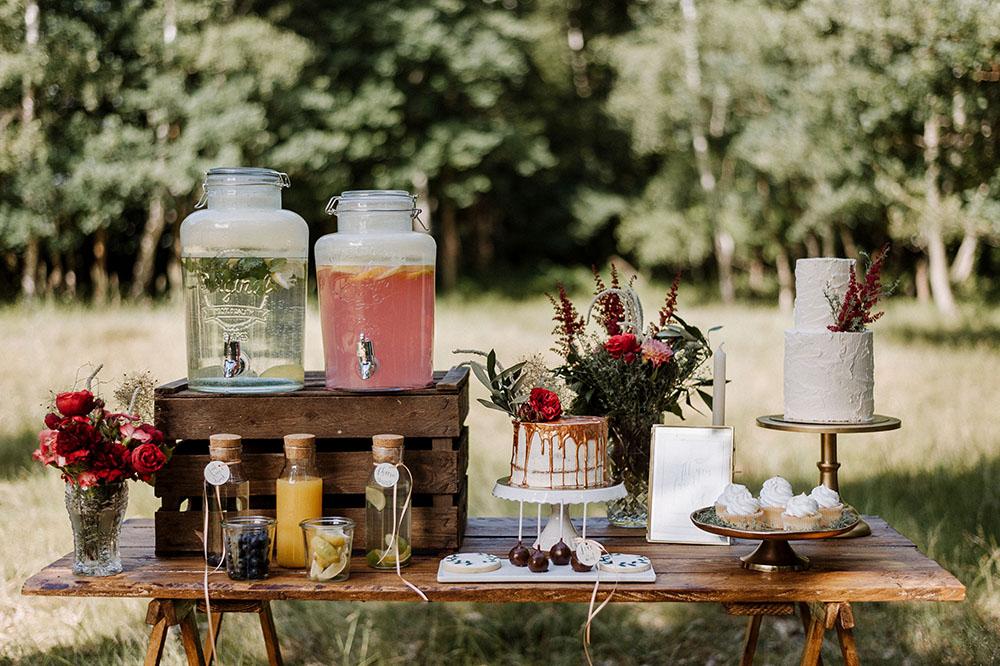 Getränkebar Trend: Tipps & Ideen für eure DIY Limonaden Bar für Hochzeit zum Selber Gestalten