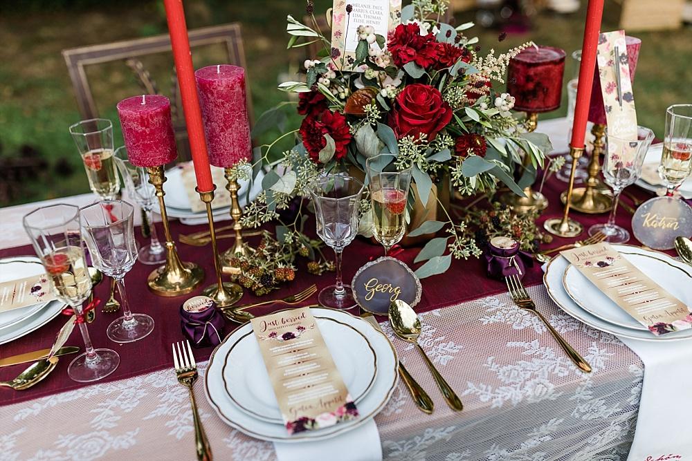 Berry Me – Ideen für eine Herbsthochzeit in Beerenfarben von Brautgeflüster Messe