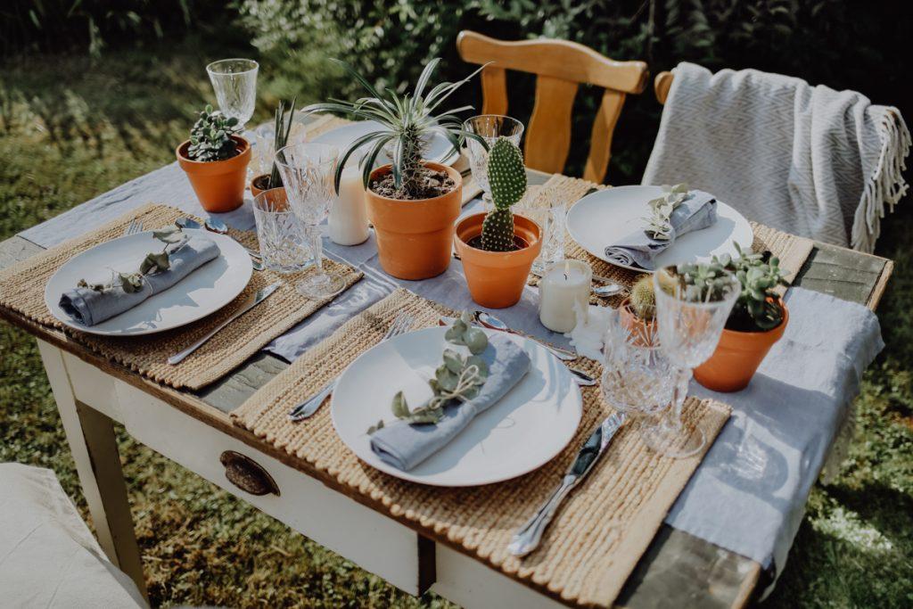 Rustikal & Locker: Garten Hochzeit Inspirationen