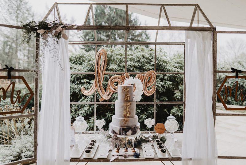 Cozy Winter Wedding: Ideen für eine romantische Winterhochzeitmit Freebie