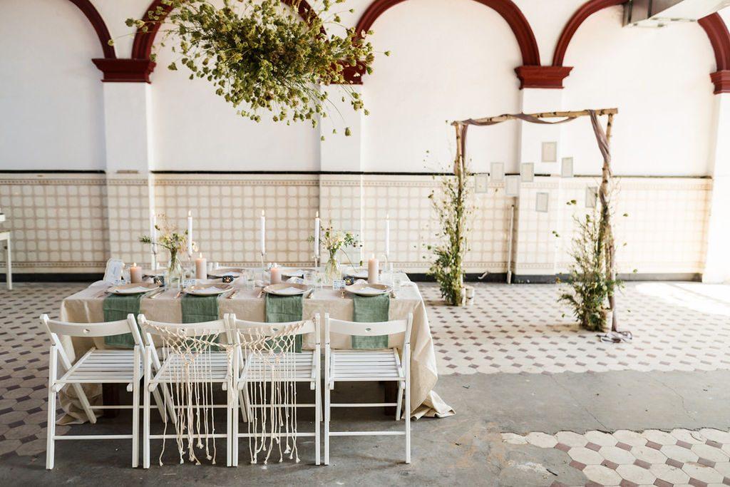Mediterrane Hochzeit in der historischen Maschinenhalle