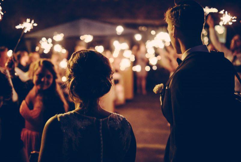 Die 5 schönsten Hochzeitsspiele für Gäste und Brautpaar