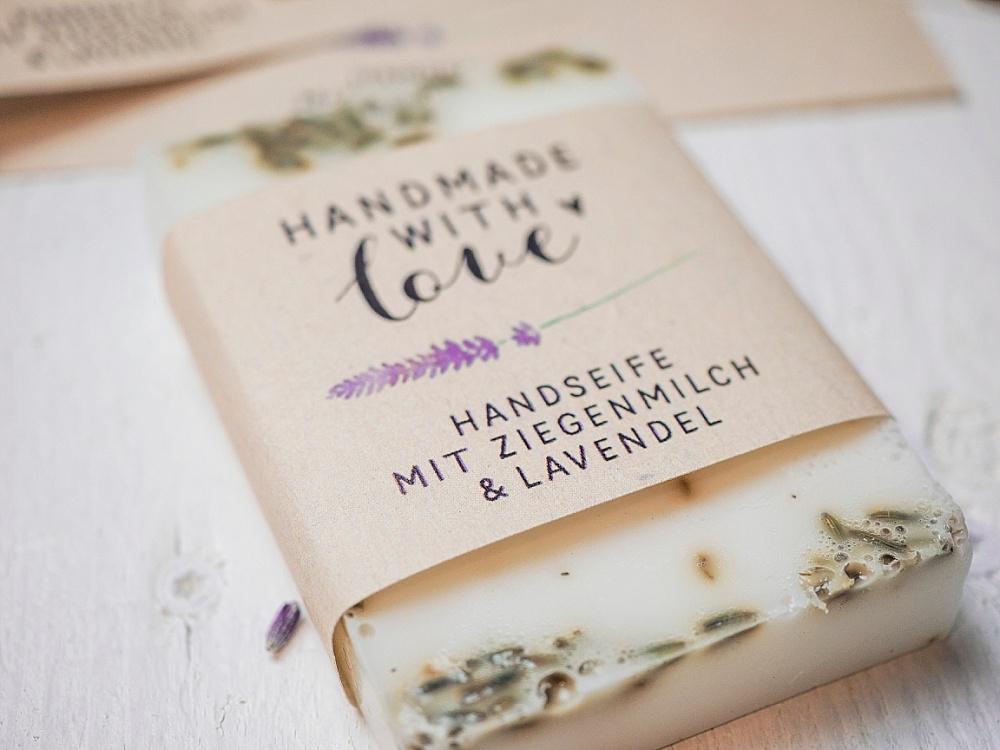 Lavendelseife für Hochzeit selber machen als Gastgeschenk, DIY Gastgeschenk für Hochzeit