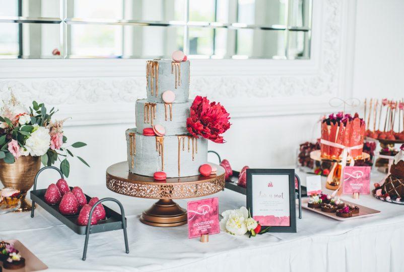 Sweet Table mit Concrete Cake