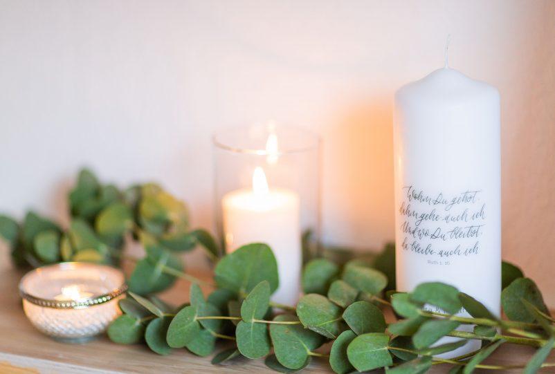 Hochzeitskerze modern: Personalisierte Traukerzen von Little Wedding Corner