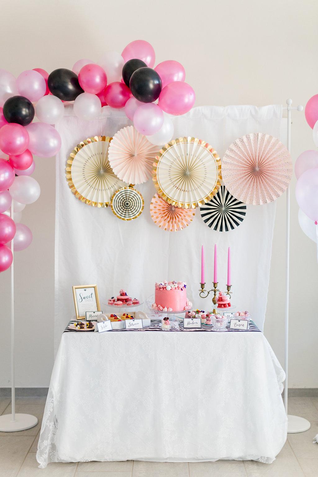 Sweet Table Hochzeit, Sweet Table Brautparty, Junggesellinnenabschied Torte Pink