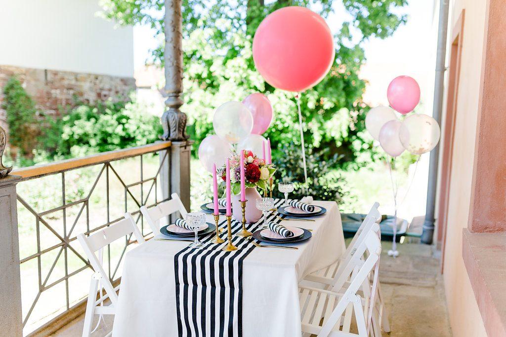 Tischdeko schwarz weiß gold pink, Tischdeko Brautparty