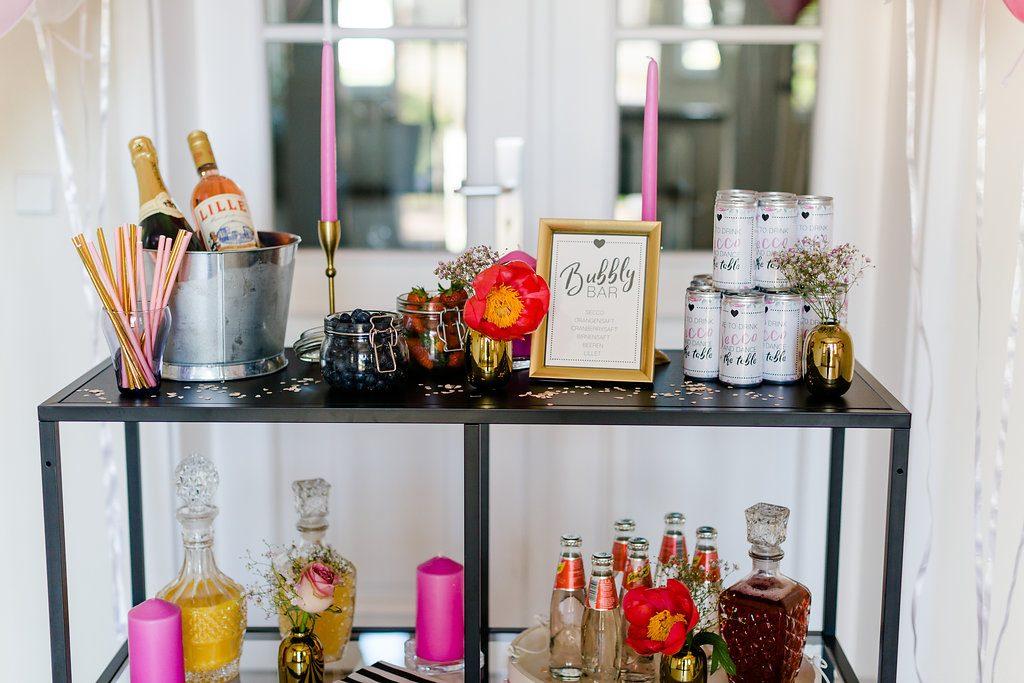 Getränkebar Dekoration, Bubbly Bar Brautparty, Prosecco Bar Junggesellinnenabschied, Getränkebar Bridal Shower