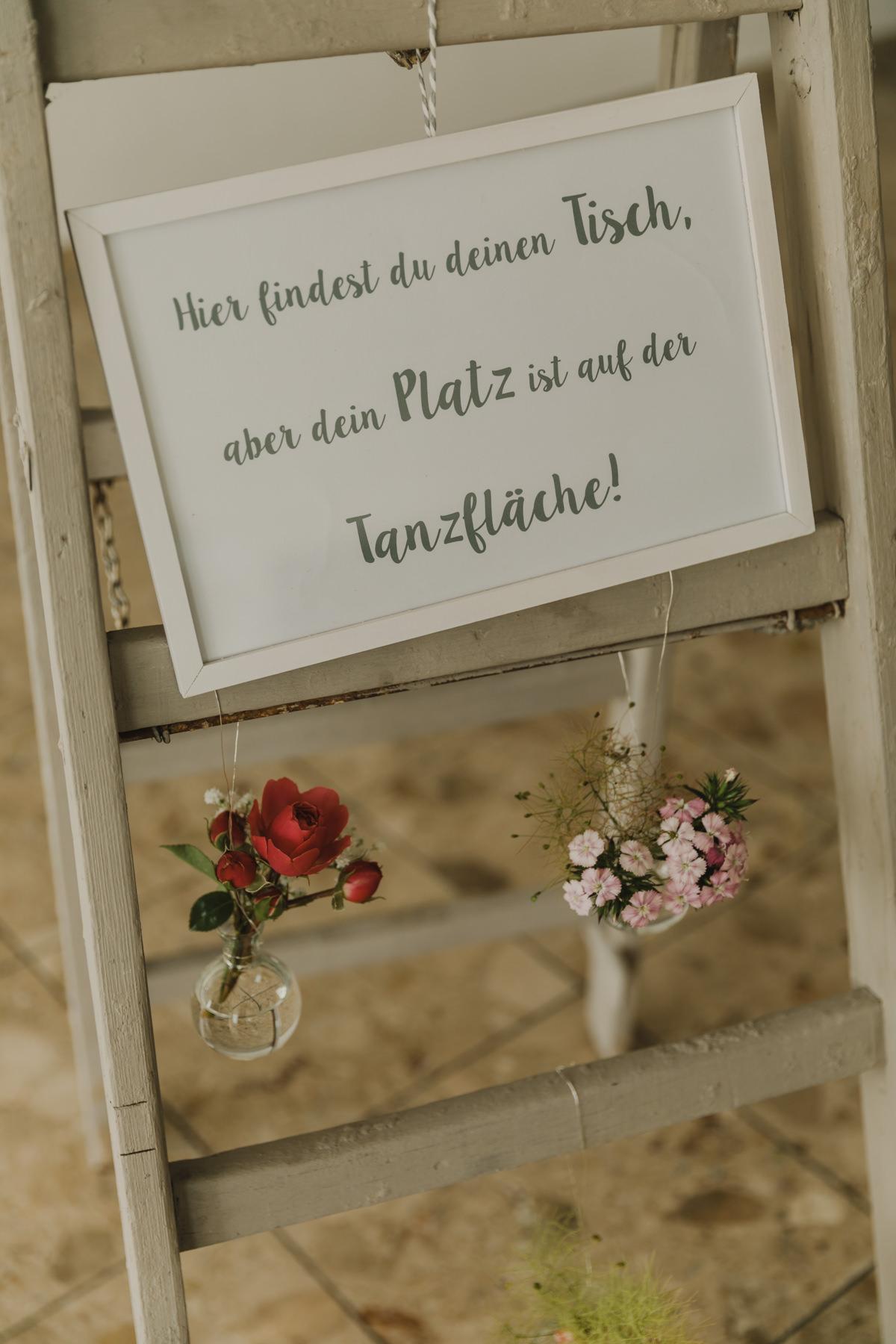 Sitzplan Schild selber machen Hochzeit