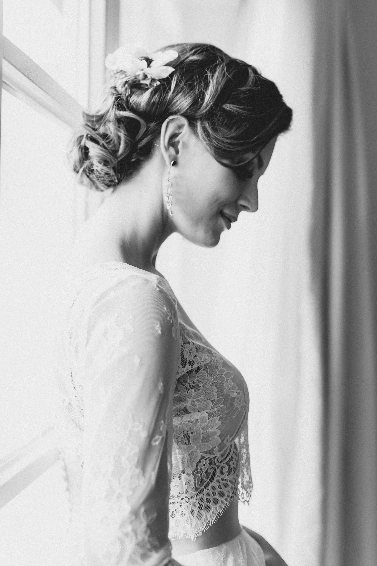 Brautfrisur lange Haare hochgesteckt