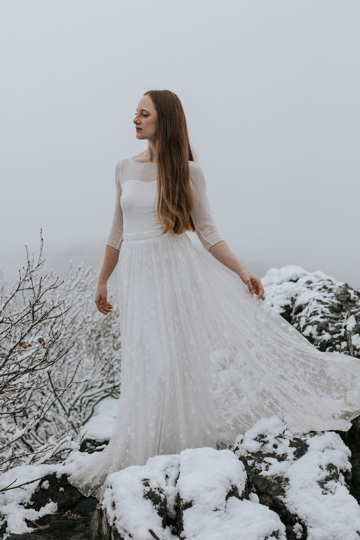 Brautkleid Winter, Brautkleid Stola Winter, Brautkleid Herbst, Winterhochzeit Brautkleid, Brautkleid kalte Temperaturen, Brautkleid herbsthochzeit