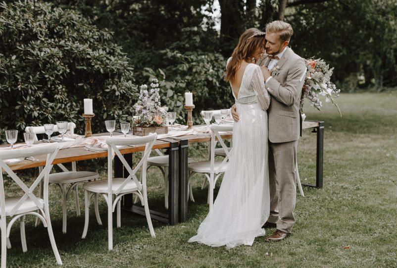 Wooden Elegance: Ideen für eine Outdoor Wedding