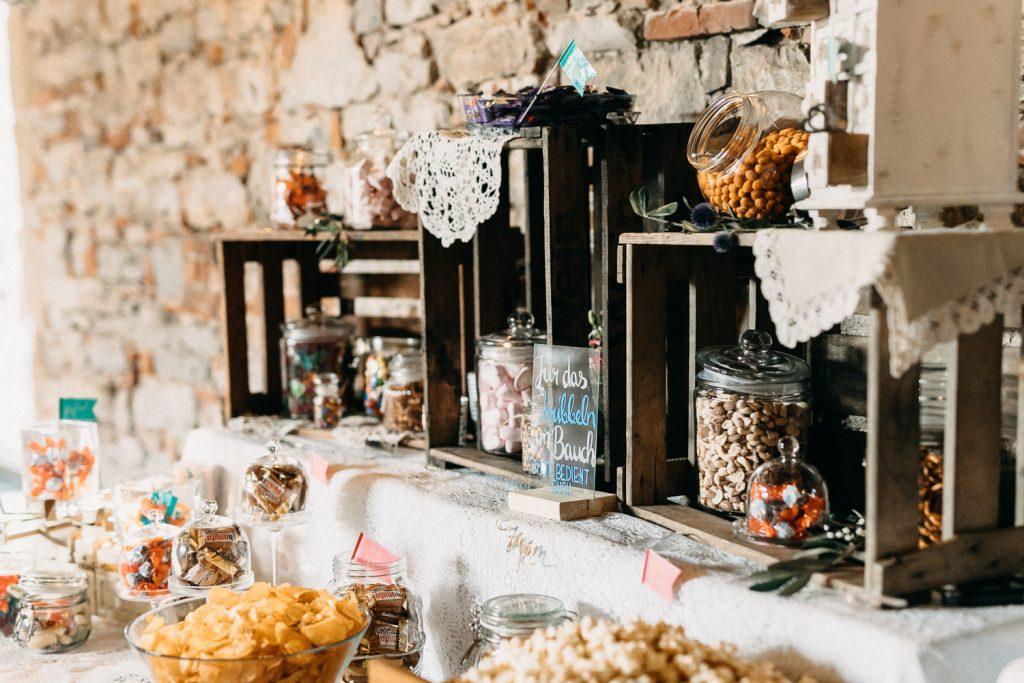 Candy Bar mit Holzkisten selbermachen