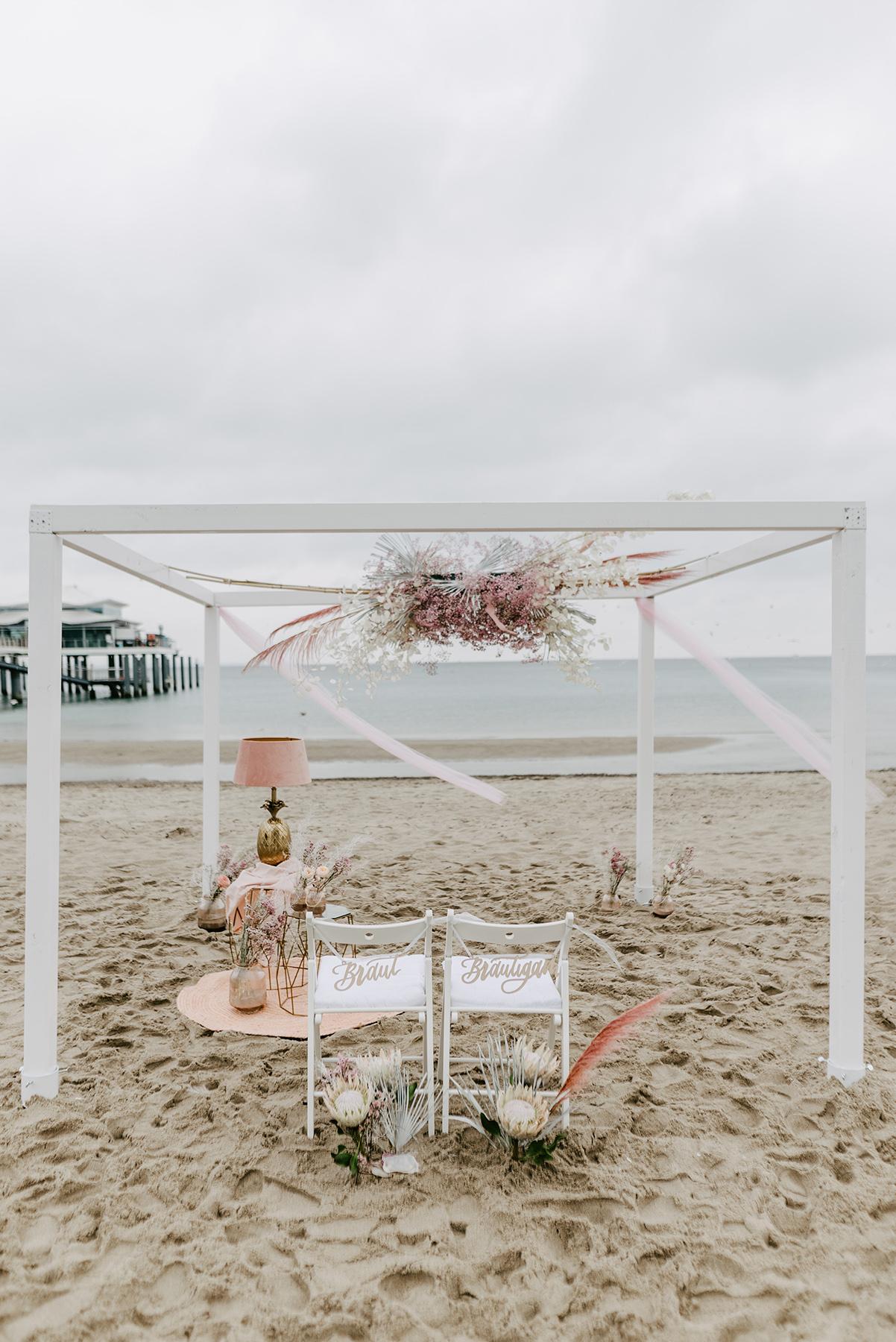 Stuhlschild BRaut Bräutigam Trauung Hochzeit