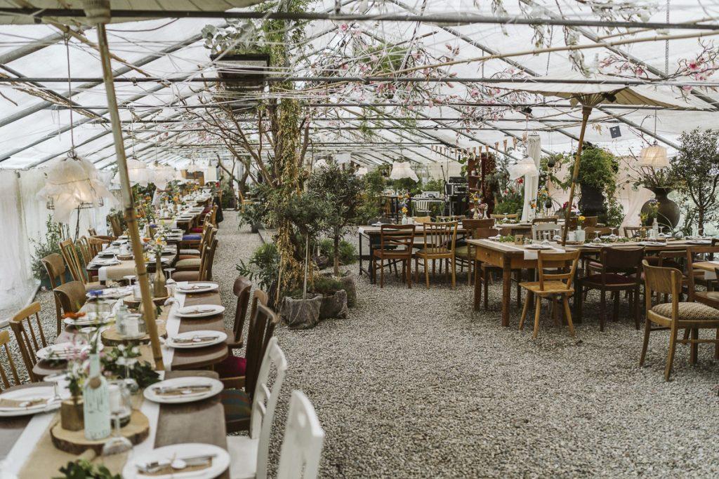 Tischdekoration Greenery Hochzeit, Hochzeit grün, Hochzeit im Gewächshaus Tischdekoration,