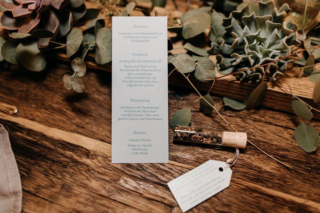 Tischdekoration Winterhochzeit, Tischdeko nachhaltig, nachhaltige Tischdekoration Hochzeit, nachhaltig heiraten