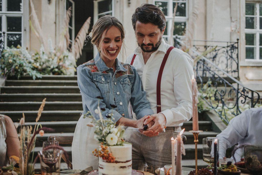 Heiraten bei Berlin, Ideen Hochzeit trotz Corona, Ideen Outdoor Hochzeit, Hochzeit draußen feiern, Hochzeit im Freien, Family Style Dinner Hochzeit