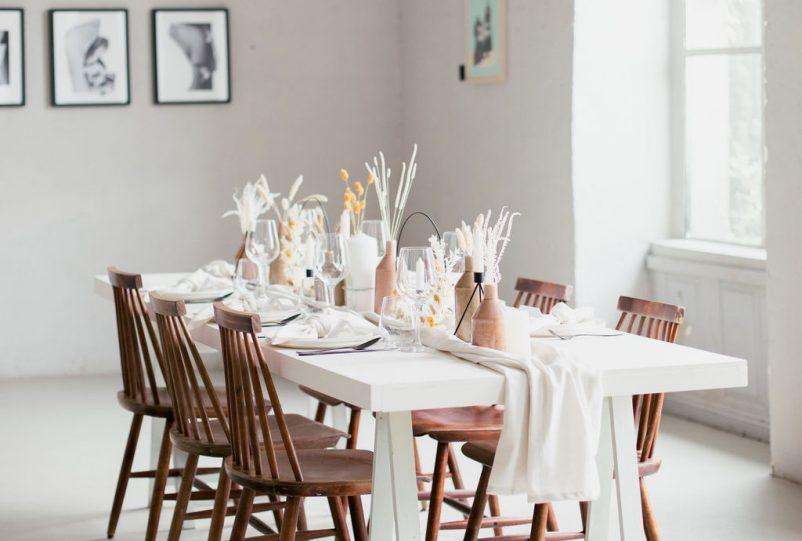 Skandi Chic Taufe: Eine kleine Familienfeier im nordischen Stil